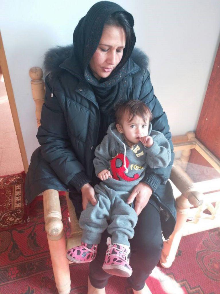 Herzkind Maryam mit ihrer Mama