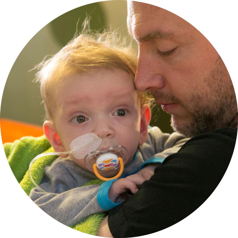 Herzkind Moritz mit Vater