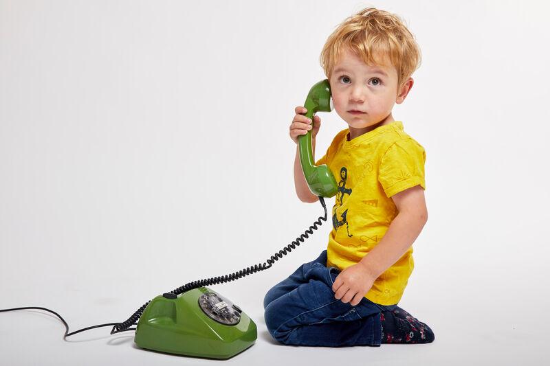 Herzkind Ben am Telefon