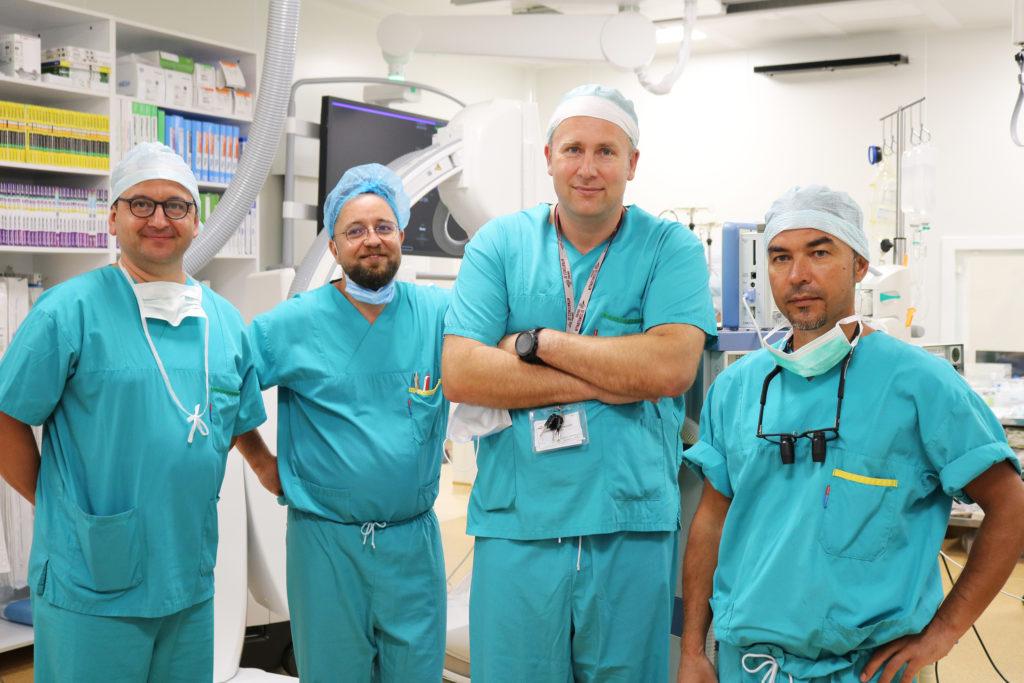 Das Herz-Team ist zufrieden mit der Operation